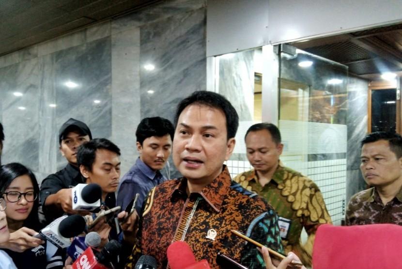 Jelang Pilkada 2020, Azis Syamsuddin Minta Ketegangan di 3 Wilayah RI Ini Segera Diatasi