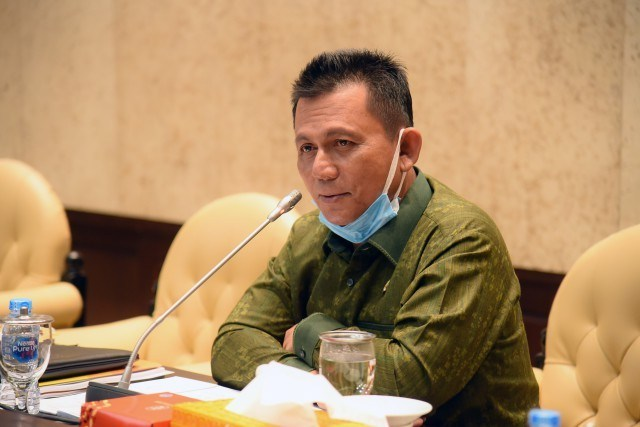 Maju Pilgub Kepri Dengan Marlin Agustina, Ansar Ahmad Siap Mundur Dari DPR RI