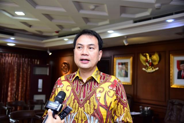 Cermin Kedaulatan Bangsa, Azis Syamsuddin Sambut Baik Penelitian Vaksin Nusantara di RSPAD Gatot Soebroto