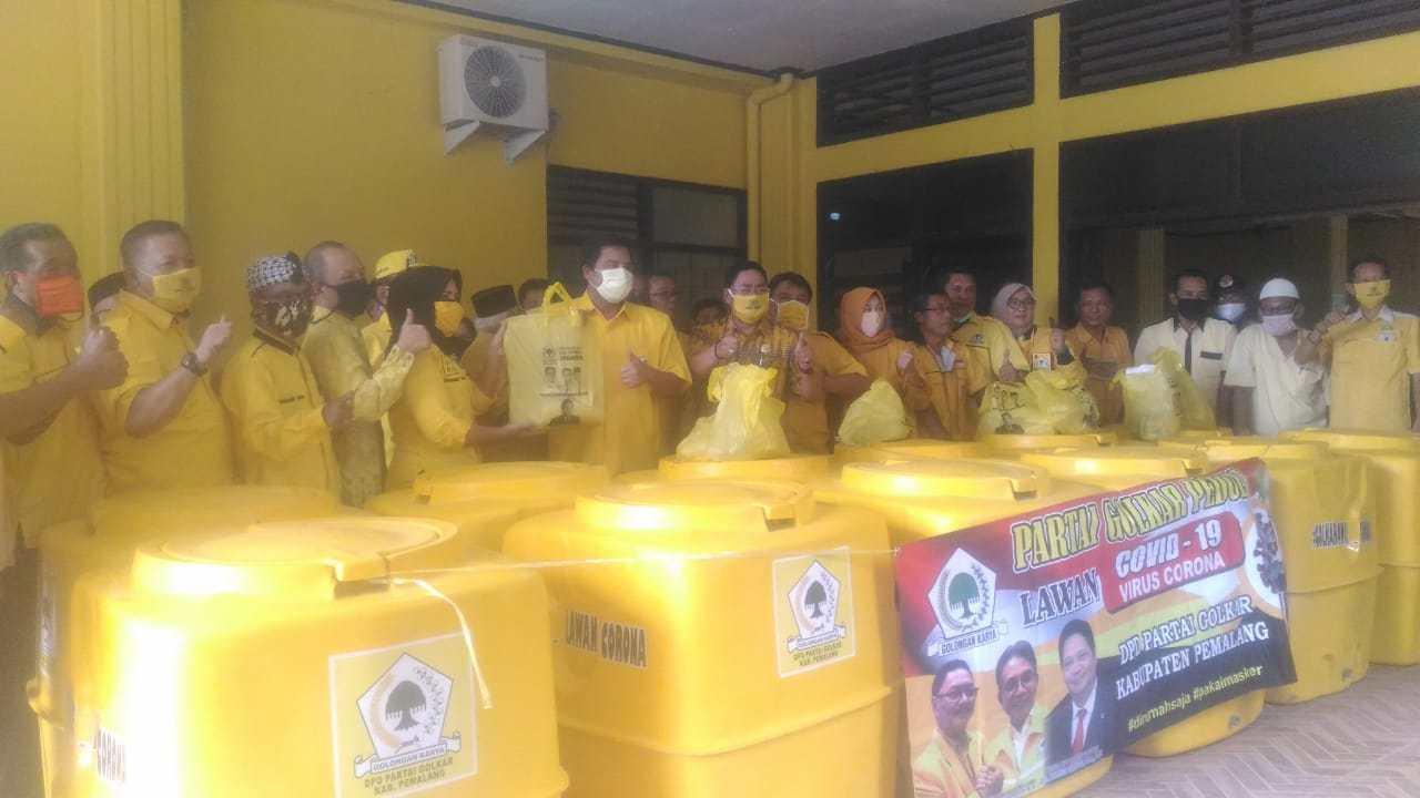 Rois Faishal Pimpin Golkar Pemalang Bakti Sosial Peduli COVID-19 di 14 Kecamatan