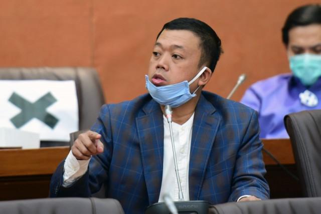 Buntut Kasus Antigen Palsu di Kualanamu, Nusron Wahid Minta BPK Audit Kinerja BUMN Farmasi