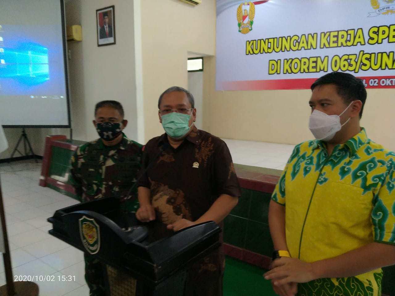 Sambangi Korem 063/SGJ Cirebon, Dave Laksono Pantau Penanganan COVID-19 Yang Makin Melonjak