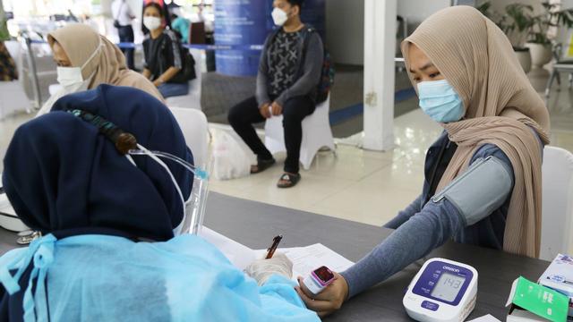 Imunitas Turun 6 Bulan Usai Divaksin Sinovac, Darul Siska: Vaksin Dosis Ketiga Penting Untuk Perlindungan