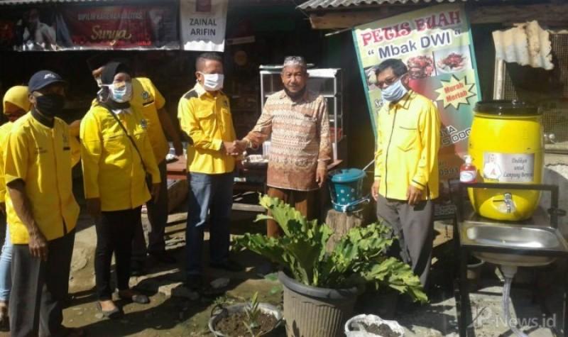 IIPG Pesawaran Bagikan Wastafel Portabel di Pasar Tri Mulyo Tegineneng