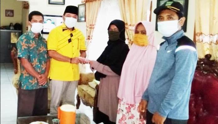 Jhon Kenedy Azis Bantu Alumni MAN Koto Baru, Putri Ariyani Kuliah di Universitas Hadhramaut