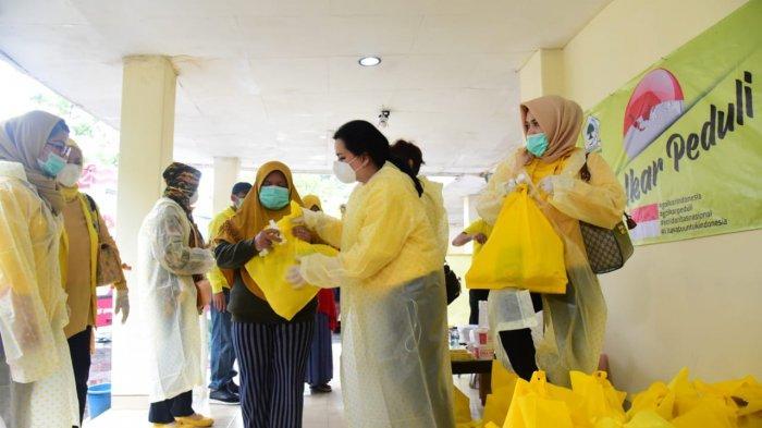 Cegah Corona, Perempuan Golkar Bagikan Ribuan Paket Alat Kesehatan Untuk Warga dan 6 RS di DKI