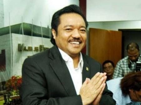 Ketua Fraksi Golkar MPR RI, Idris Laena: Pernyataan Bamsoet Soal Amandemen Bukan Sikap Resmi Partai
