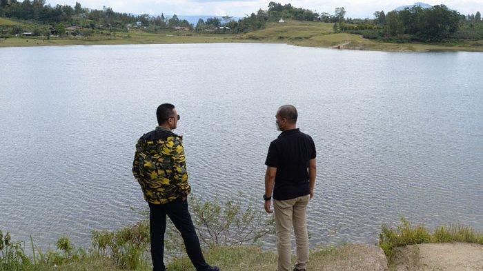 Wagub Sumut Musa Rajekshah Ajak Masyarakat Samosir Lestarikan Danau Aek Natonang dan Sidihoni
