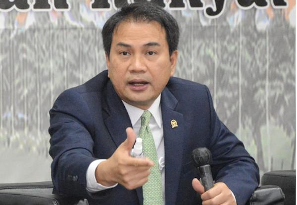 Kilang Balongan Terbakar Hebat, Azis Syamsuddin Geram dan Desak Pertamina Investigasi Tuntas