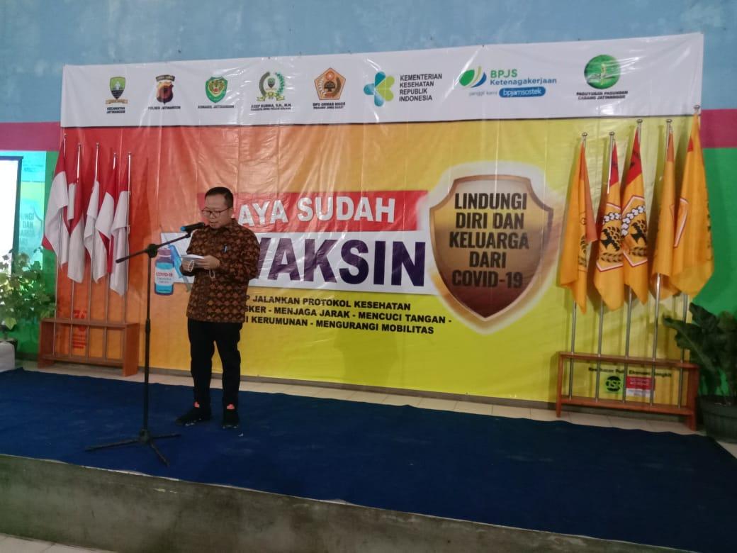 Bantu Pemerintah, Ormas MKGR Targetkan Vaksinasi 50 Ribu Warga Jawa Barat