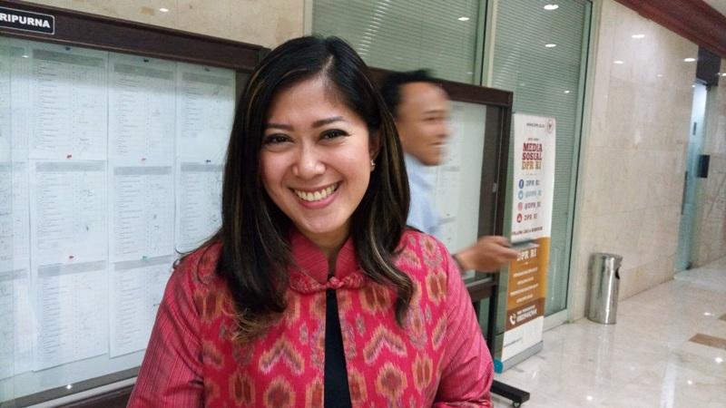 Dapat Memecah Persatuan, Meutya Hafid Acungi Jempol Ketegasan Pangdam Jaya Ancam Bubarkan FPI