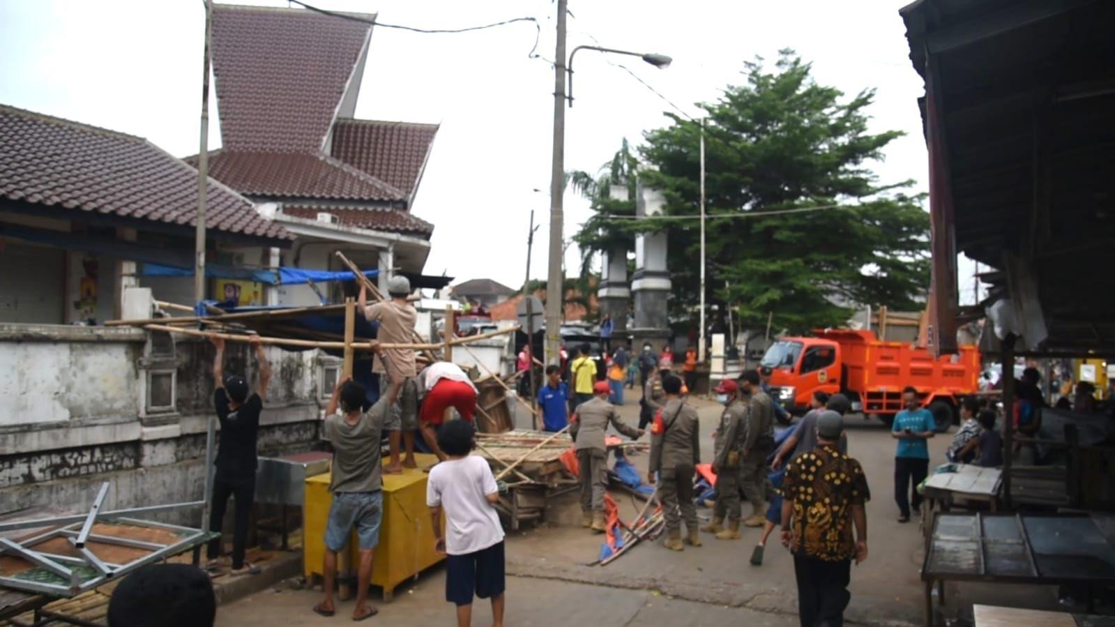 Lihat Kesemrawutan Pasar Leuwipanjang Purwakarta, Dedi Mulyadi Ngamuk Ancam Pidanakan Pedagang
