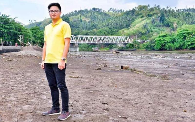 Jadi Anggota Komisi X DPR, Adrian Paruntu Serap Aspirasi Lewat Facebook