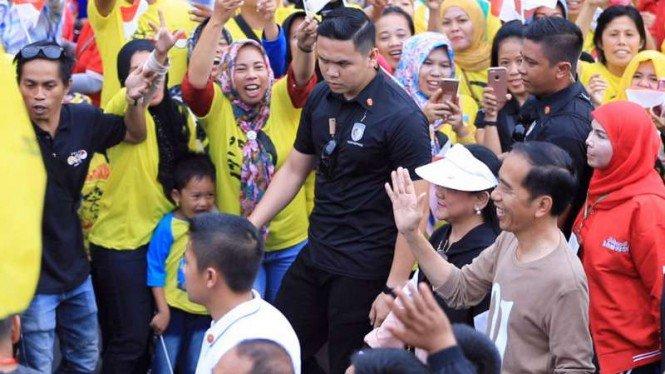 Ribuan Relawan Gojo Ramaikan Jalan Sehat Jokowi di Bandarlampung